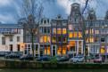 amsterdam1-121x81.jpg