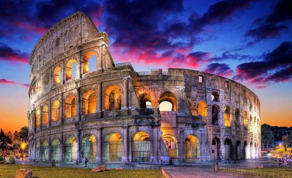 Colosseum-Rome-Italy-Night-COVER-e1447382060211-576x350.jpg